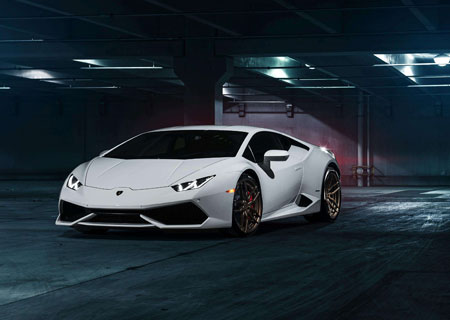 Lamborghini promo video, it's cool!
